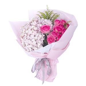 鲜花/缪斯女神: 11枝糖果雪山玫瑰、1枝粉色绣球,黄英间插