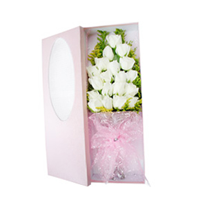 鲜花/遇见幸福: 19枝白玫瑰。  [包 装]:粉色雪点网纱束