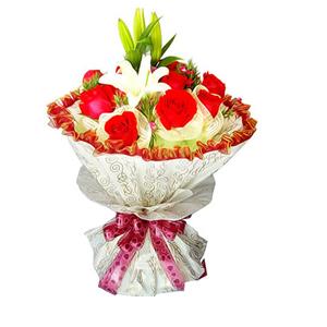鲜花/风中浪漫:11支红玫瑰,1支多头香水百合 [包 装]:玫