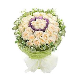 鲜花/星光无限: 香槟玫瑰33朵  [包 装]:绿色卷边纸内衬
