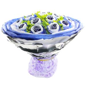 鲜花/浪漫星空: 18支蓝色妖姬,棉纸纱网双层独立包装。  [