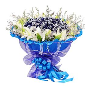 鲜花/牵手一生: 66枝蓝色妖姬,9枝多头白百合  [包 装]