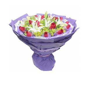 鲜花/遇到你: 19枝红玫瑰独立包装  [包 装]:紫色棉纸